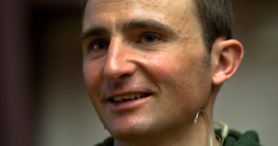 Ueli Steck. Photo by Ludovic Péron, Wikipedia Commons.