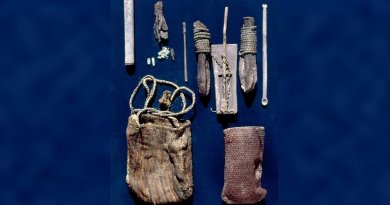 Snuffing paraphernalia found in the tomb of a spiritual leader. Credit Constantino Torres