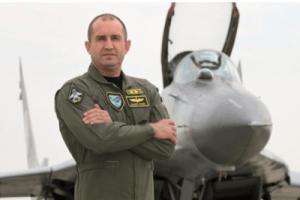 Former Bulgarian Air Force Commander Major General Rumen Radev, now Bulgaria's President (Credit: Novinte)