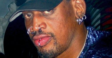 Dennis Rodman. Photo by Walter Huang, Wikipedia Commons.