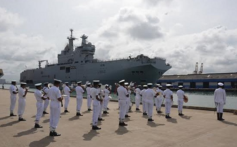 French naval ships 'Mistral' and 'Courbet' arrive at the Colombo harbor, Sri Lanka on goodwill visit. Source: Sri Lanka government.