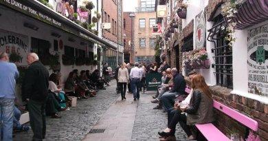Street scene in Belfast, Northern Ireland.