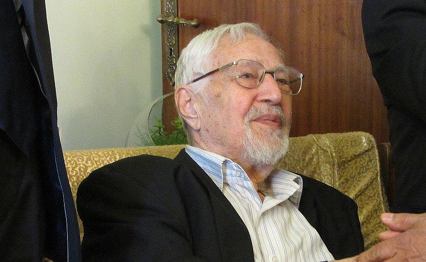 Iran's Ebrahim Yazdi. Photo by Hosseinronaghi, Wikipedia Commons.