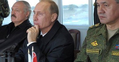 Russia's President Vladimir Putin at the Khmelyovka test ground during the final stage of the Zapad-2013 Russian-Belarusian strategic military exercises. With Belarusian President Alexander Lukashenko and Defence Minister Sergei Shoigu. Source: Kremlin.ru