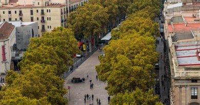Barcelona: Van Plows Into Pedestrians, 13 Reported Dead, 30 Injured