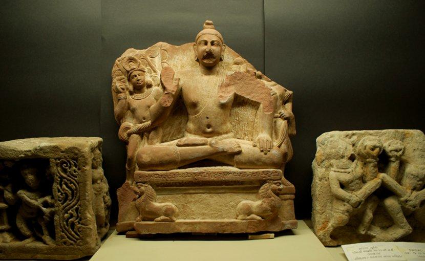 Image of a sculpture found in Devnimori excavation. Vadnagar Museum. Photo by Vatsal Vekaria.