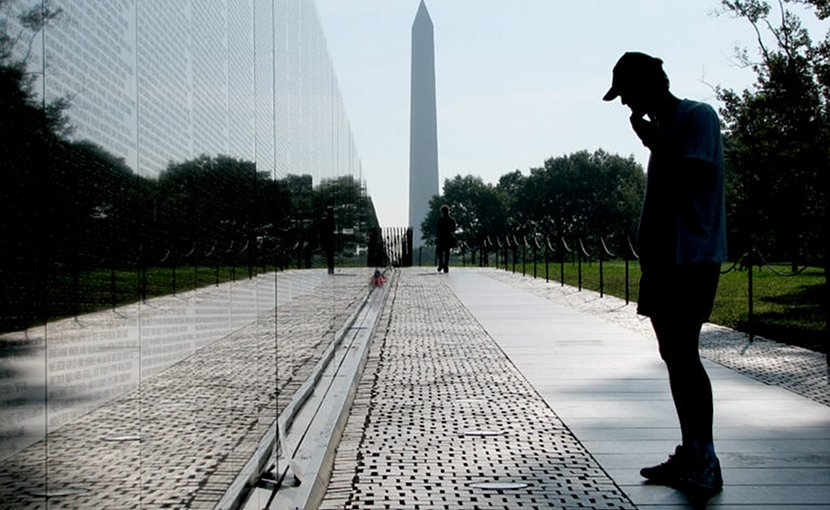 Vietnam Veterans Memorial in Washington, D.C., 2006. (Source: Hu Totya/ Wikimedia)