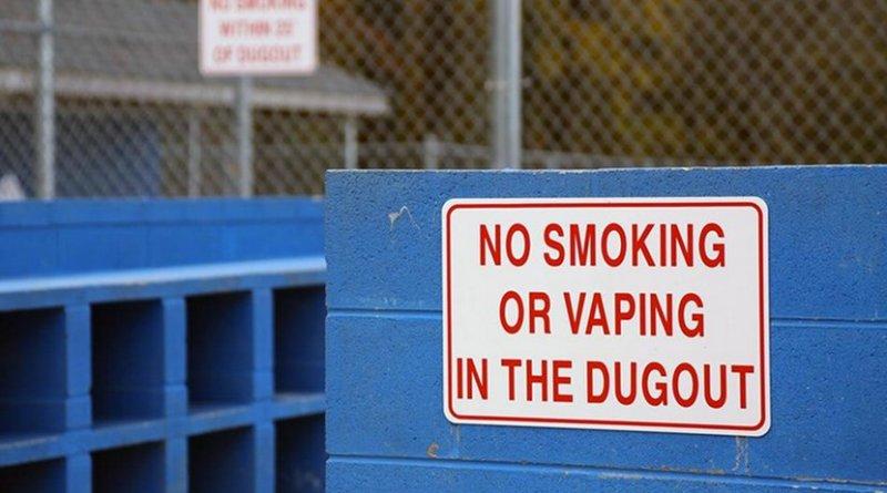 smoking vaping
