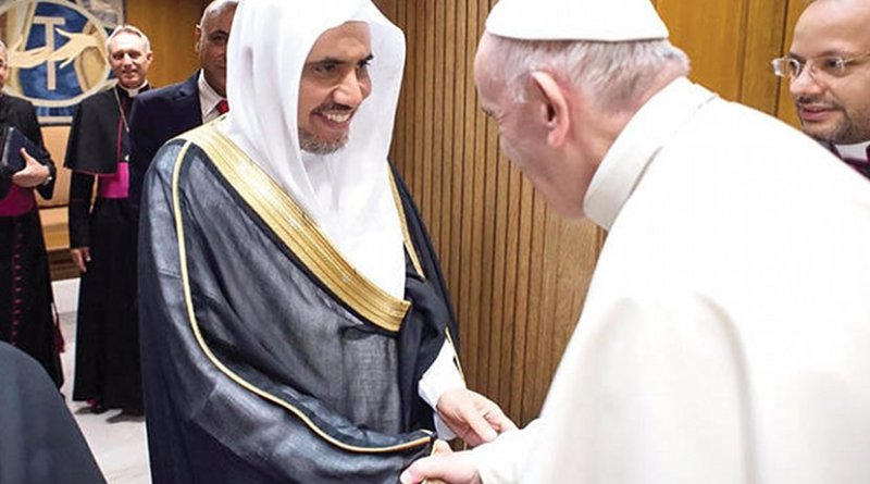 Pope Francis receives Dr. Mohammed bin Abdulkarim Al-Issa, secretary-general of the Muslim World League (MWL). Photo Credit: Arab News.