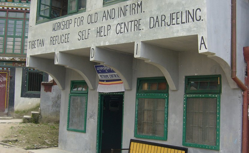 Tibetan Refugee Self Help Center Darjeeling in West Bengal, India. Photo by Shahnoor Habib Munmun, Wikipedia Commons.