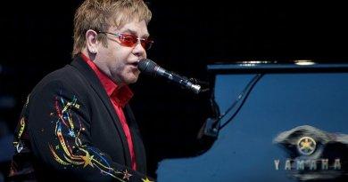 Davos Honors Elton John, Shah Rukh Khan And Cate Blanchett