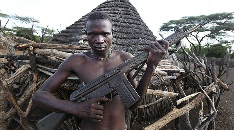 Sudanese combatant with G3 rifle. Photo by Steve Evans, Wikimedia Commons.