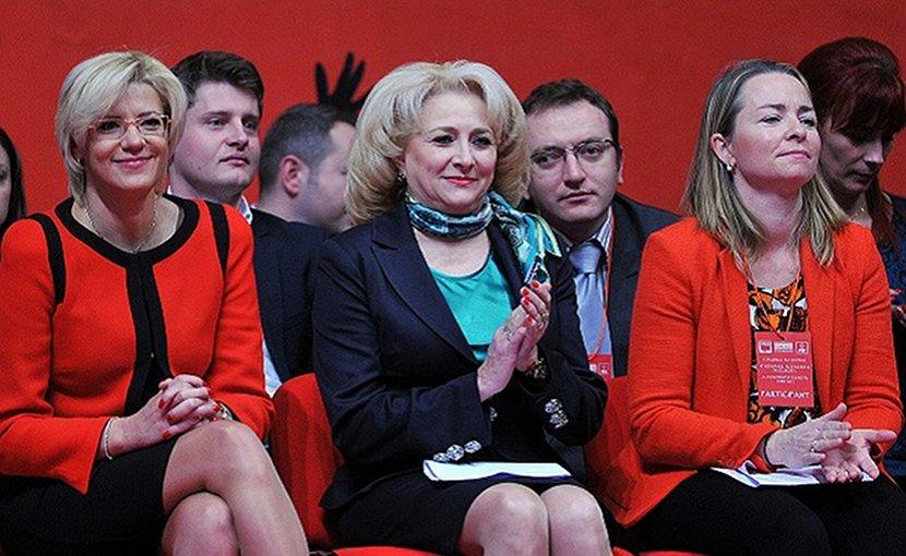 Romania's PM nominate Viorica Dancila (center) with European Commissioner Corina Cretu (left) at an S&D event in Bruxelles. Photo: PSD/Flikr