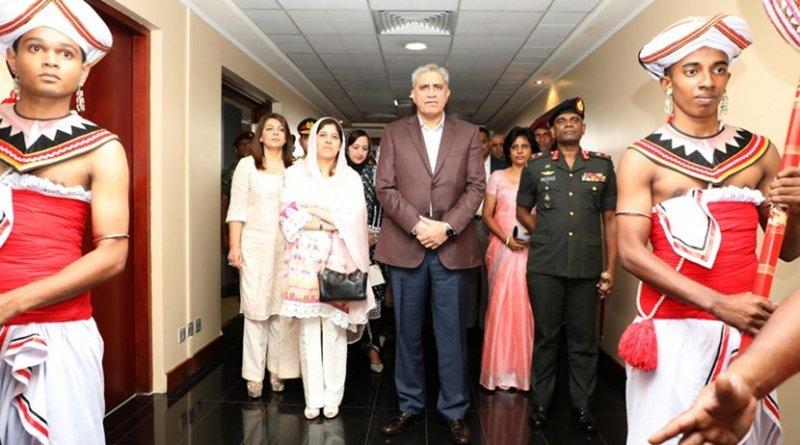 Chief of Army Staff of the Pakistan Army (COAS), General Qamar Javed Bajwa arrives in Sri Lanka. Photo Credit: Sri Lanka government.