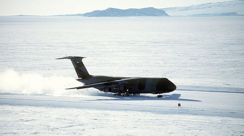 A C-5B Galaxy aircraft lands on the ice runway near McMurdo Station. Credit: Master Sgt. Jose Lopez Jr. Public domain photograph from defenseimagery.mil
