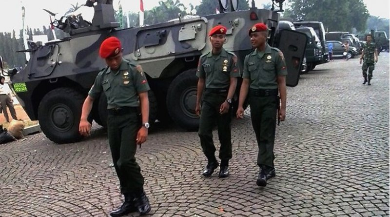 Members of Indonesian special forces unit Kopassus. Photo by Denny Rachmat Ghaffari, Wikimedia Commons.