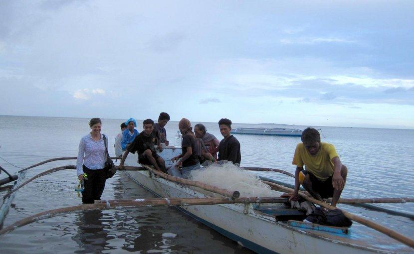 Jennifer Selgrath and squid fishers in the Philippines. Credit Jennifer Selgrath