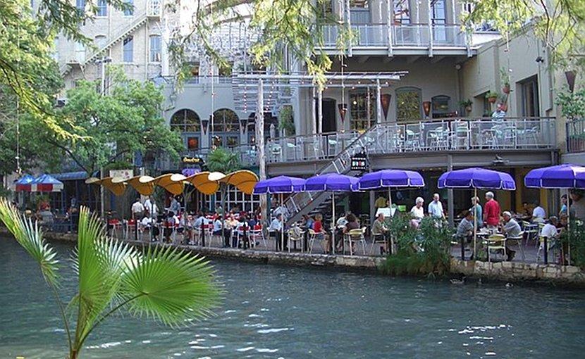 San Antonia, Texas, riverwalk. Photo Credit: Wikipedia Commons.