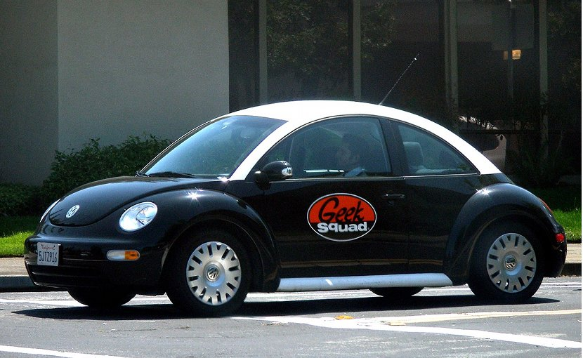 A Geek Squad Volkswagen New Beetle. Photo by Coolcaesar, Wikimedia Commons.