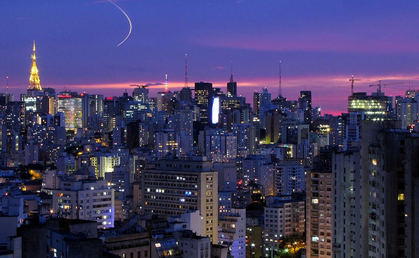 São Paulo, Brazil. Photo by Júlio Boaro, Wikipedia Commons.