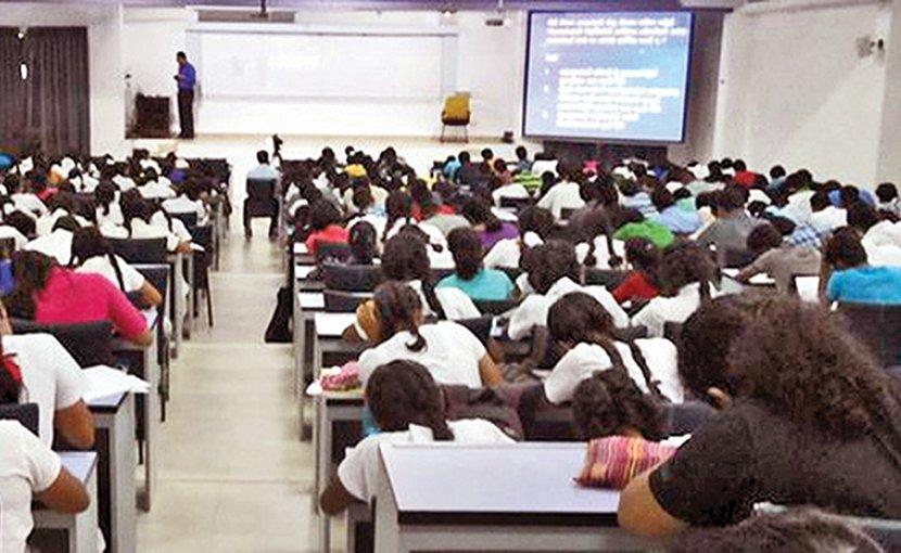 Students in Sri Lanka. Photo Credit: Sri Lanka government.