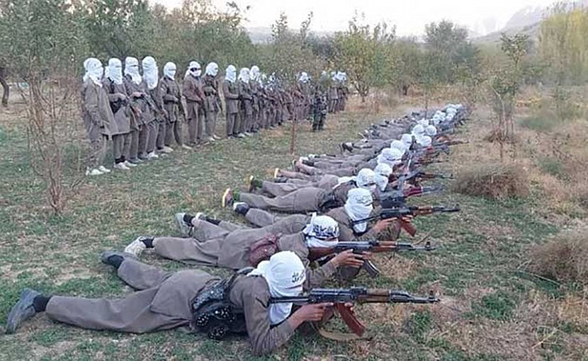 Jihadists of Katibat in training