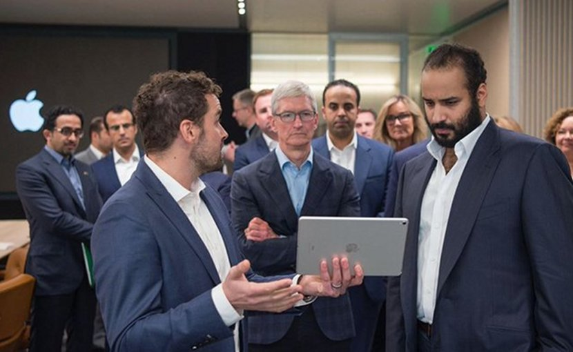 Saudi Crown Prince Mohammed Bin Salman visits Apple to discuss partnership opportunities. (SPA)