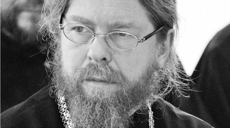 Bishop Tikhon. Photo by or Александр Филиппов, Wikimedia Commons.