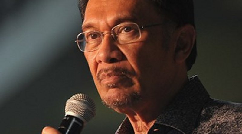 Malaysia's Anwar Ibrahim. Photo by Firdaus Latif, Wikimedia Commons.