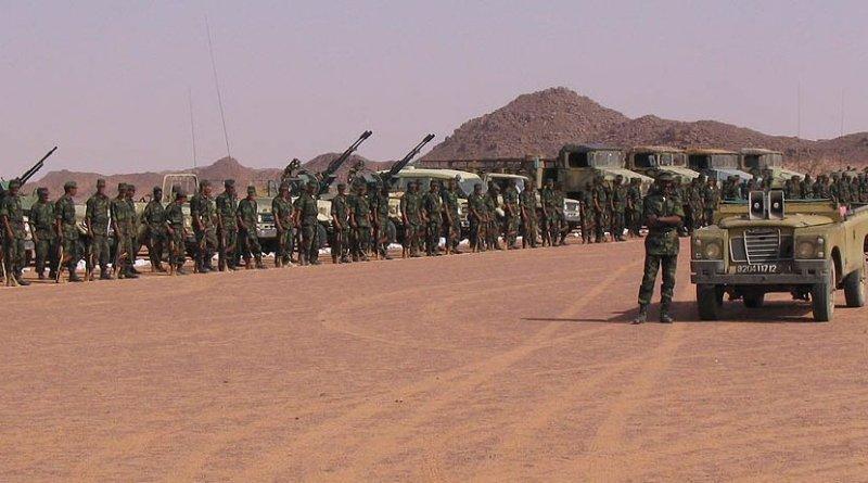 Polisario Front troops. Photo by Saharauiak, Wikipedia Commons.