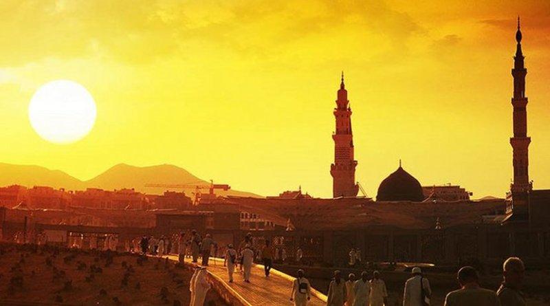 Medina, Saudi Arabia. Photo Credit: khadim-un-nabi Rao, Wikimedia Commons.
