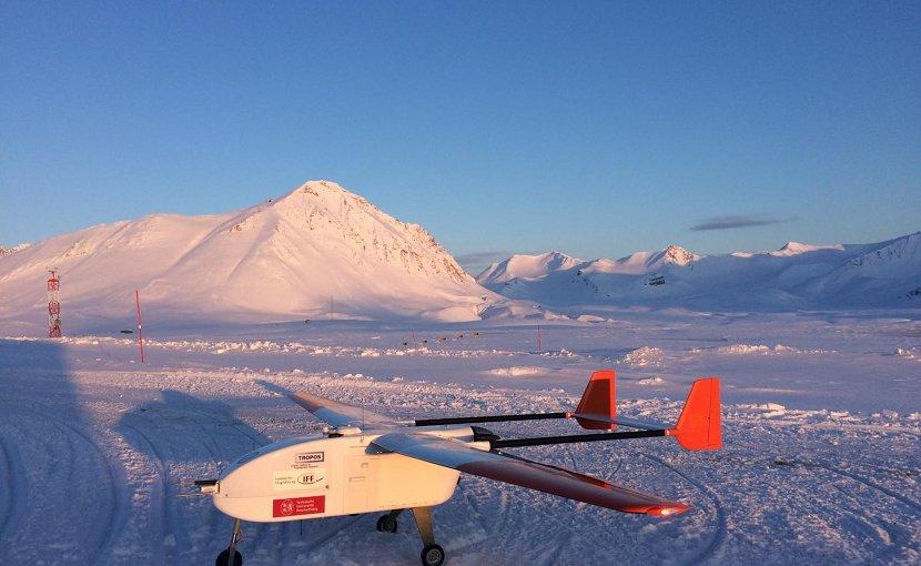 This is the unmanned airplane ALADINA in front of Mount Zeppelin near Ny-Ålesund. Credit Konrad Bärfuss, TU Braunschweig