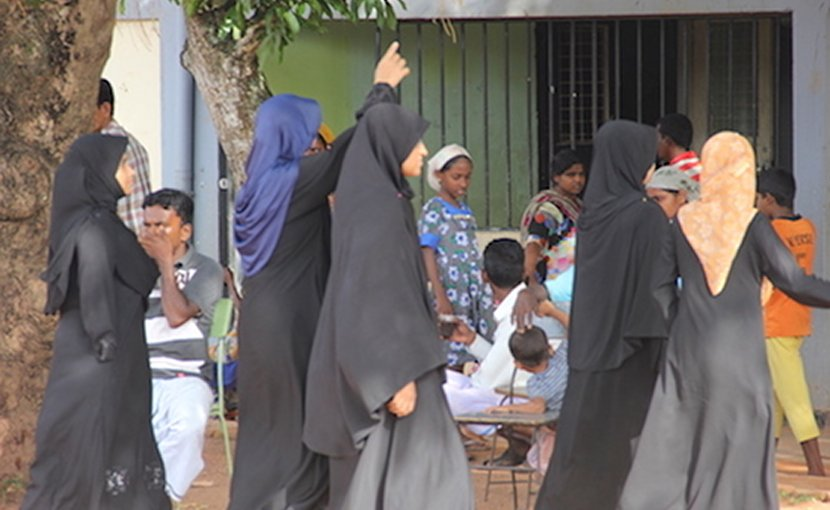 A file image of a group of Sri Lankan Muslim women. Muslims (mainly Sunni) make up 9.7 percent of Sri Lanka's population of 21 million. (ucanews.com photo)