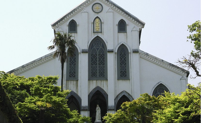 Oura Church, Nagasaki, Japan. Photo Credit: Fg2, Wikipedia Commons.