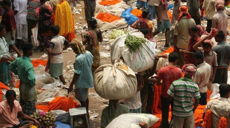 Scene in Kolkata, India market.