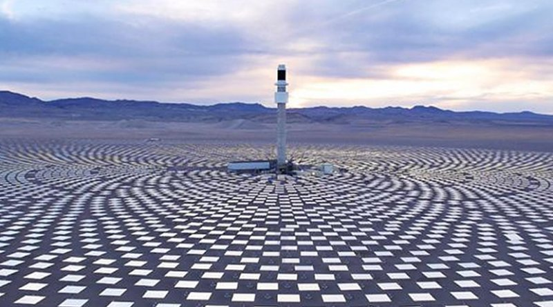 This is the Crescent Dunes CSP project with 10 hours of storage. Credit IMAGE@SolarReserve
