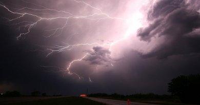 rain storm lightning