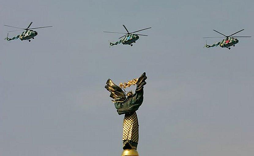 Ukraine army helicopters flying over Kiev. Photo Credit: Oleg V. Belyakov, Wikimedia Commons.