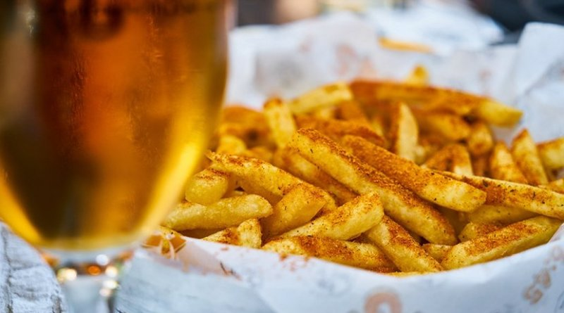 beer french fries potatoes fast food