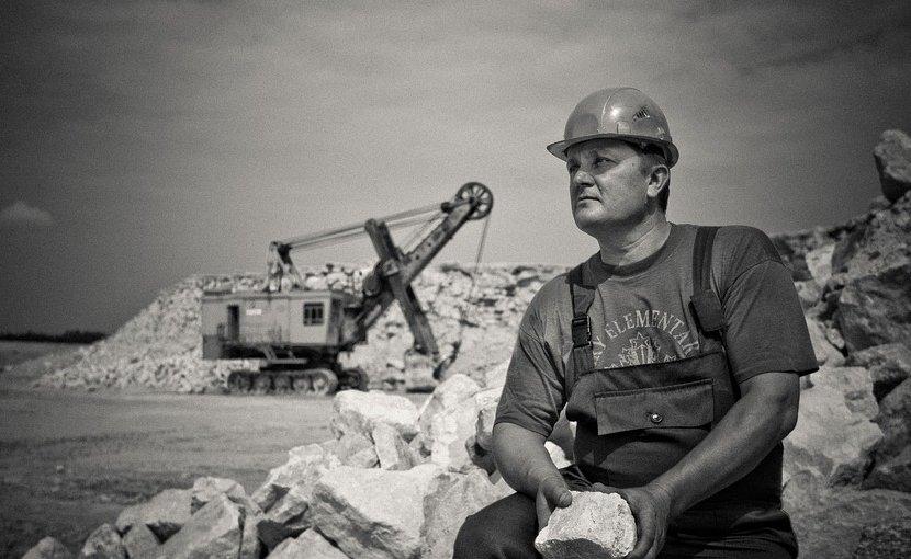 labor work construction hard hat