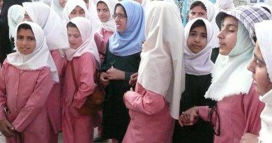 Schoolgirls in Iran