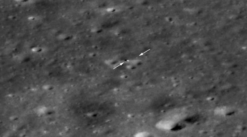 The Chang'e 4 rover is now visible to LROC! Just beyond the tip of the right arrow is the rover and the lander is to the right of the tip of the left arrow. The image appears blocky because it is enlarged 4x to make it easier to see the two vehicles. North is to the upper right, LROC NAC M1303570617LR. Credit NASA/GSFC/Arizona State University