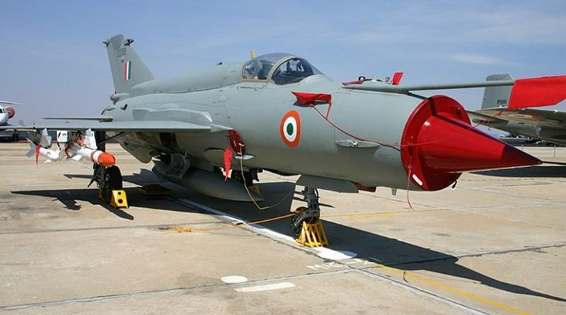 Indian Air Force MiG-21. Photo Credit: Aeroprints.com, Wikimedia Commons