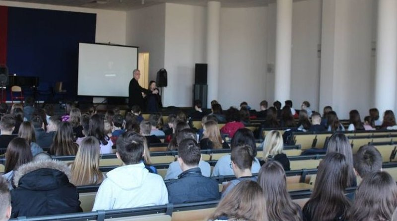 Lecture (1 hour lecture and 2 hours answering the questions) of Assoc.Prof. Dr. & Dr. Honoris Causa Sabahudin Hadžialić conducted on 3/27/2019 in Poland related to the ethics, mediation, media, media ethics, media literacy.