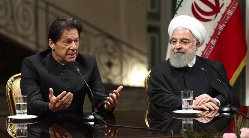 Pakistan's Imran Khan and Iran's Hassan Rouhani. Photo Credit: Tasnim News Agency