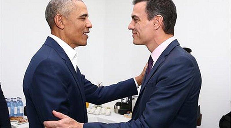 Former US President Barack Obama with Spain's Prime Minister Pedro Sánchez. Photo Credit: Pool Moncloa/Fernado Calvo