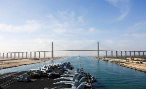 USS Abraham Lincoln transits Suez Canal. Photo Credit: US Navy