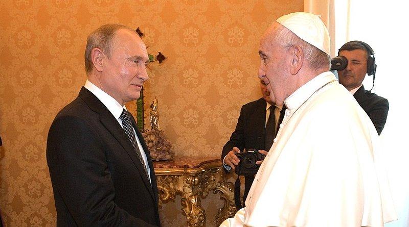 Russia's President Vladimir Putin meets Pope Francis at Vatican. Photo Credit: Kremlin.ru