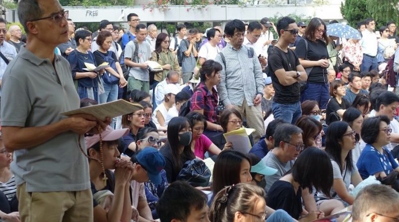 Some of the Hong Kong Catholics attending the prayer service. (UCA News photo)