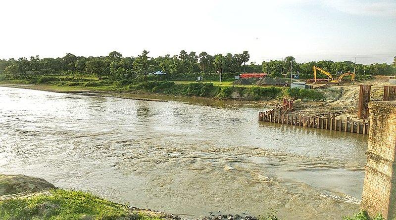 The Gumti River. Photo Credit: Shahidul Hasan Roman, Wikipedia Commons